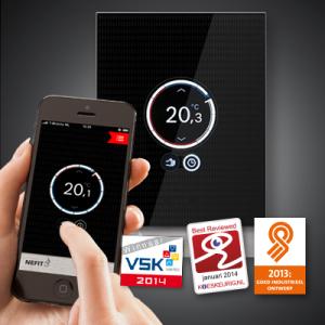 NEFIT-Easy-smartphone-in-hand-en-thermostaat_400px